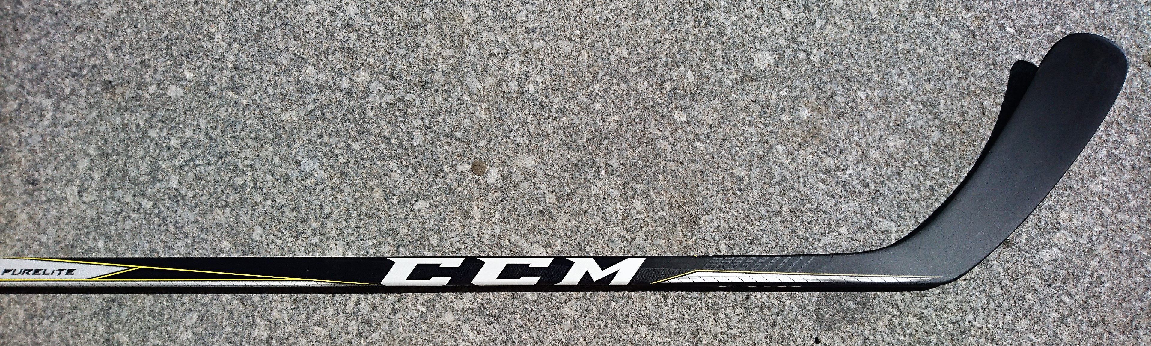 HOKEJKA (HŮL) CCM TACKS PURE LITE SR GRIP 2018 bb8e17ef0b